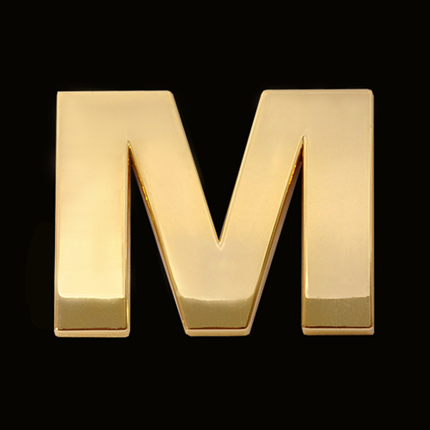 Gold letter M (3cm) - Chrome letter and sign
